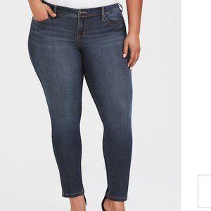 Torrid 14 Luxe Skinny Jeans